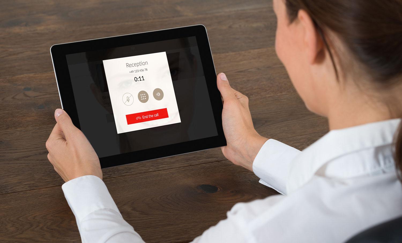SuitePad Phone, digitale Gästemappe Hotels, IP-Telefonie im Hotel