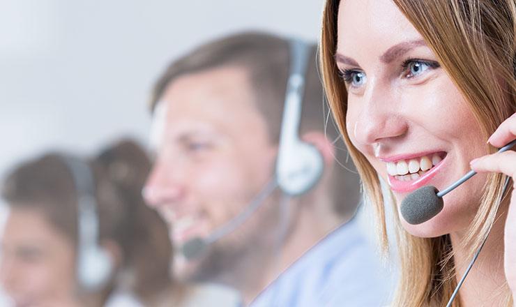 Contact Center Lösungen von Romico und Voxtron